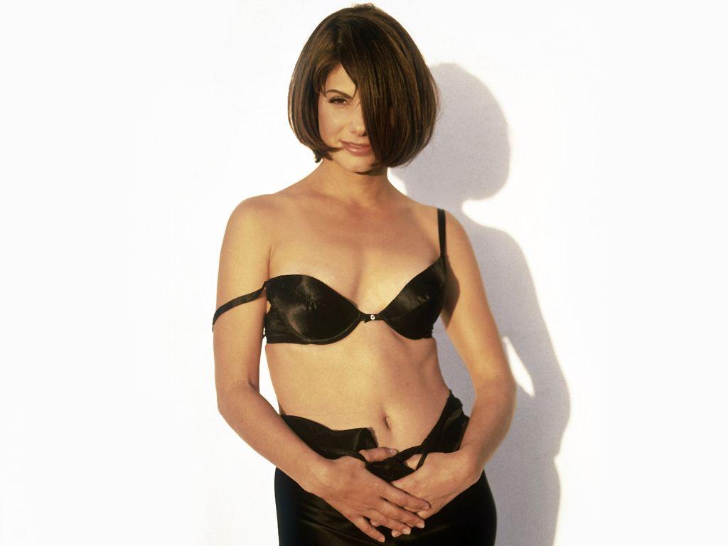 http://1.bp.blogspot.com/-MlyqsAJrJ1g/TixRAsI8C-I/AAAAAAAAB18/5OdFss3--PI/s1600/Sandra-Bullock-42-69T8I29LM8-1024x768.jpg