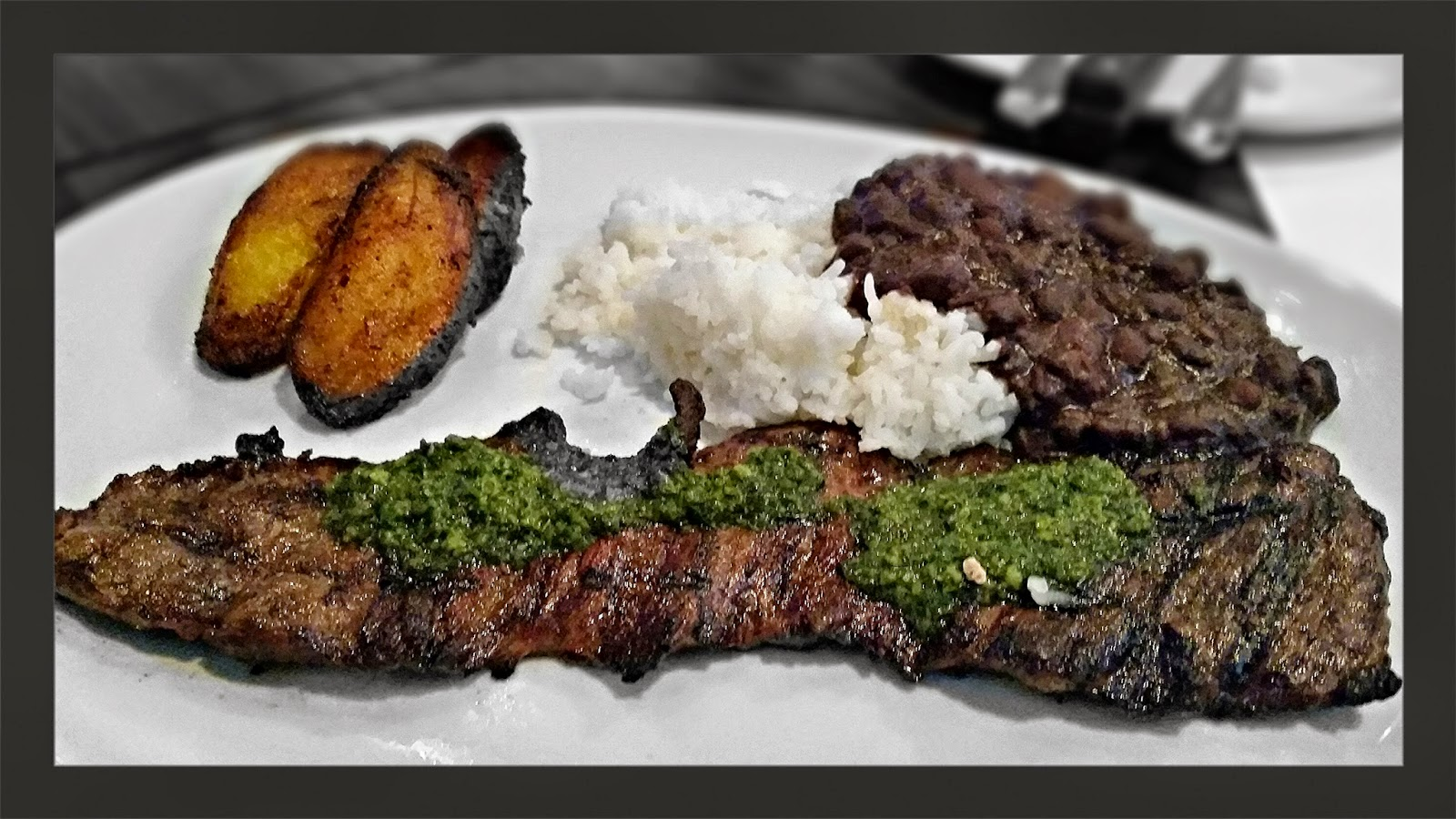 5956 also 5956 furthermore World Cup Cuisine Argentinian Steak With Chimichurri Sauce as well Churrasco Al Estilo Argentino as well 4th Of July Recipe Grilled Marinated Flank Steak With Arugula Salad. on chimichurri steak