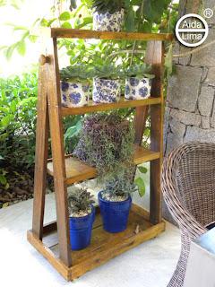 Blog da ayda para organizar os vasos - Estantes para plantas ...