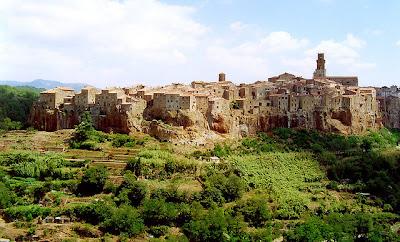 Pitigliano panorama Toscana