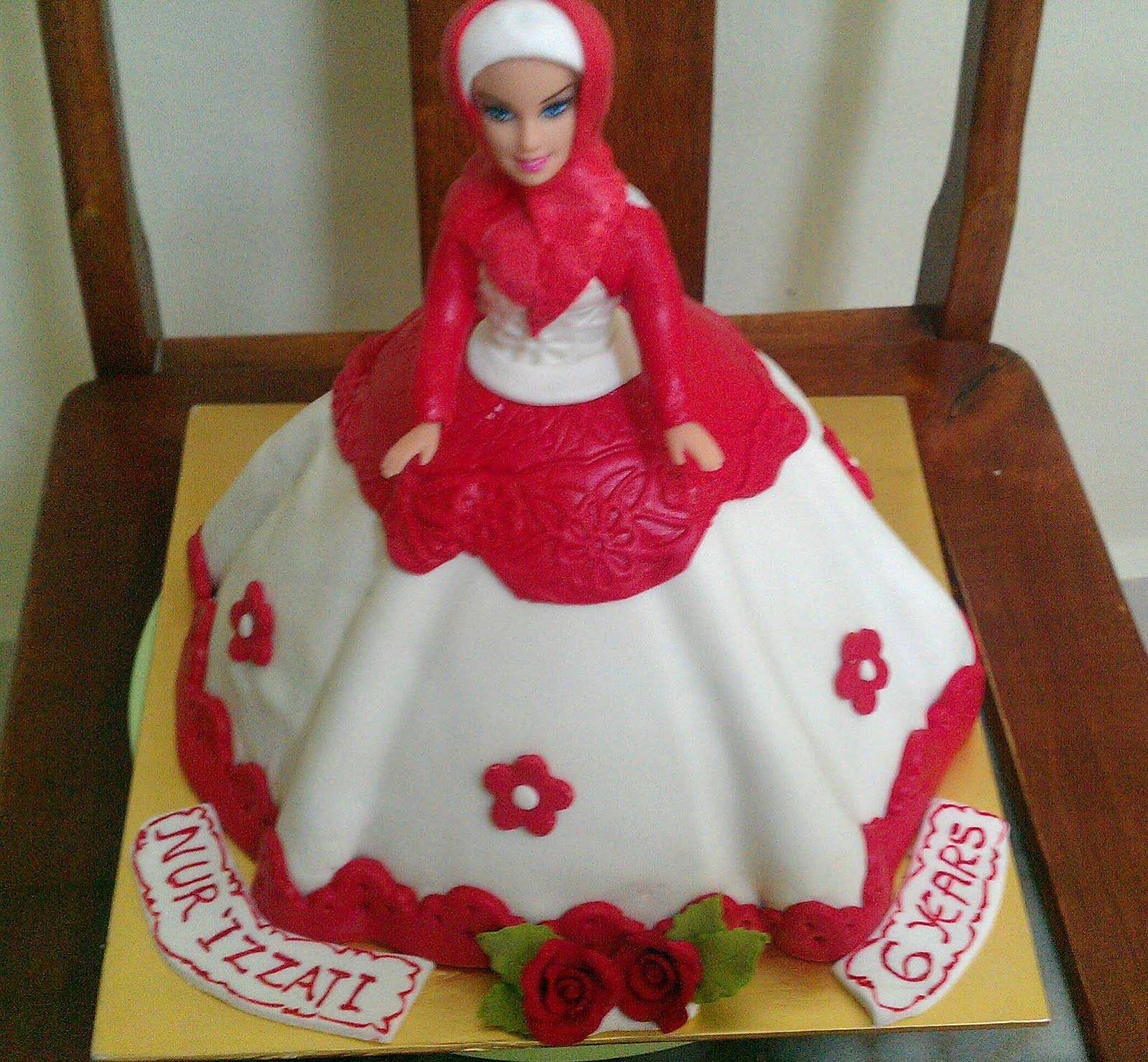 Zairie Homemade Delights 3D Muslimah Doll Cake