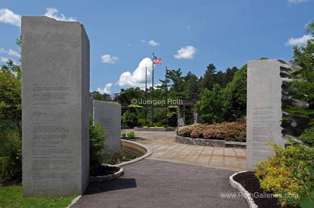 http://juergen-roth.artistwebsites.com/featured/massachusetts-vietnam-veterans-memorial-juergen-roth.html