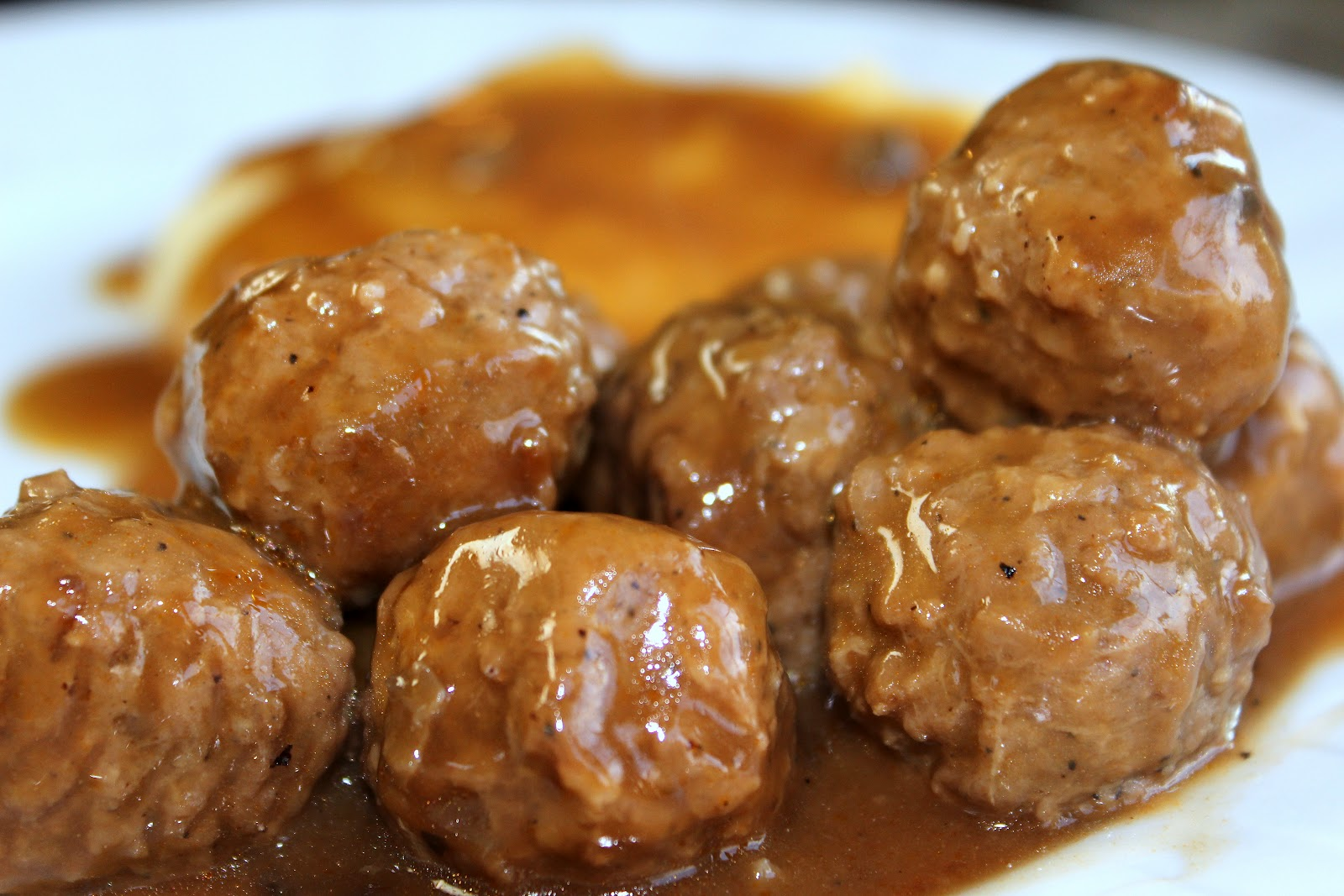 Crock Pot Swedish Meatballs - Julie's Eats & Treats