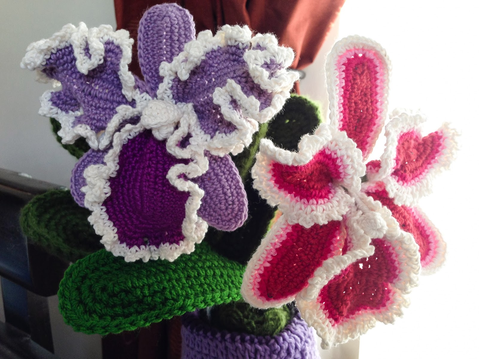 Free Crochet Pattern For Iris Flower : crochet rockstar: Cattleya Orchid Crochet Flower