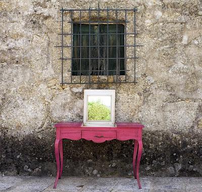 http://www.portobellostreet.es/mueble/13336/Consola-Tocador-Vintage-Provenzal