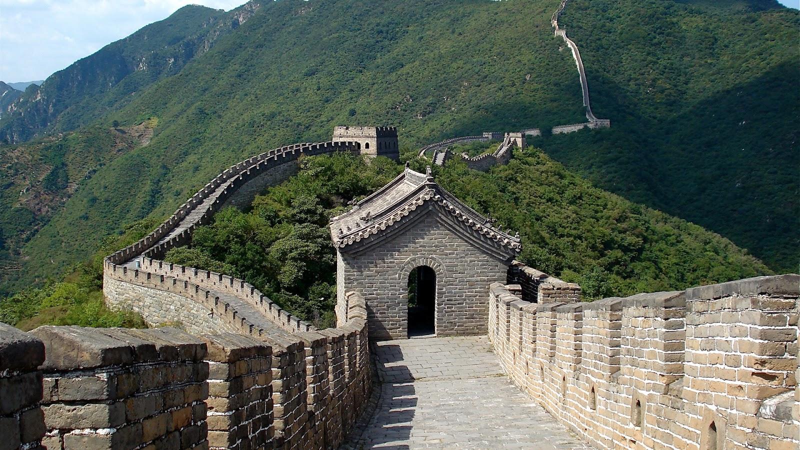 http://1.bp.blogspot.com/-Mn1cfbXyGPo/UA0ODkzUMxI/AAAAAAAAADw/HOpnBkcqEXM/s1600/Famous+Landmarks+great-wall-of-china-1920-1080-3249.jpg