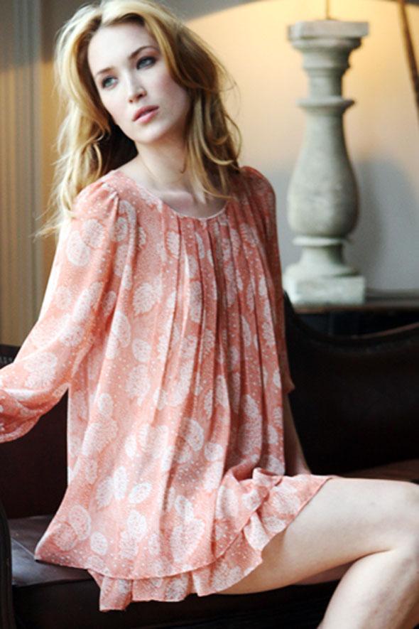 Mehndi Design: Simple Dress Designs