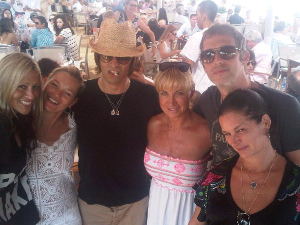 London Photo Liam On Holidays With Nicole Kate Moss Meg Mathews Noels Ex Wife And Andy Just As The Peacekeeping Envoy From The Un Was Being