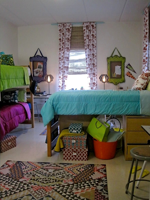 Decorating Ideas > ShopSCAD 20110424 ~ 062556_Dorm Room Arrangement Ideas