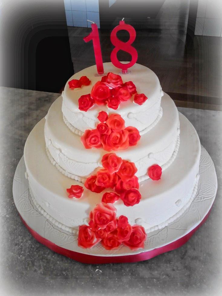Tutti i colori di cria torta per 18 anni con rose rosse for Decorazioni per torta 60 anni