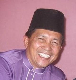 (SARAWAK) - Kuching - EN AZEZI B. SALUS (019-8888241)