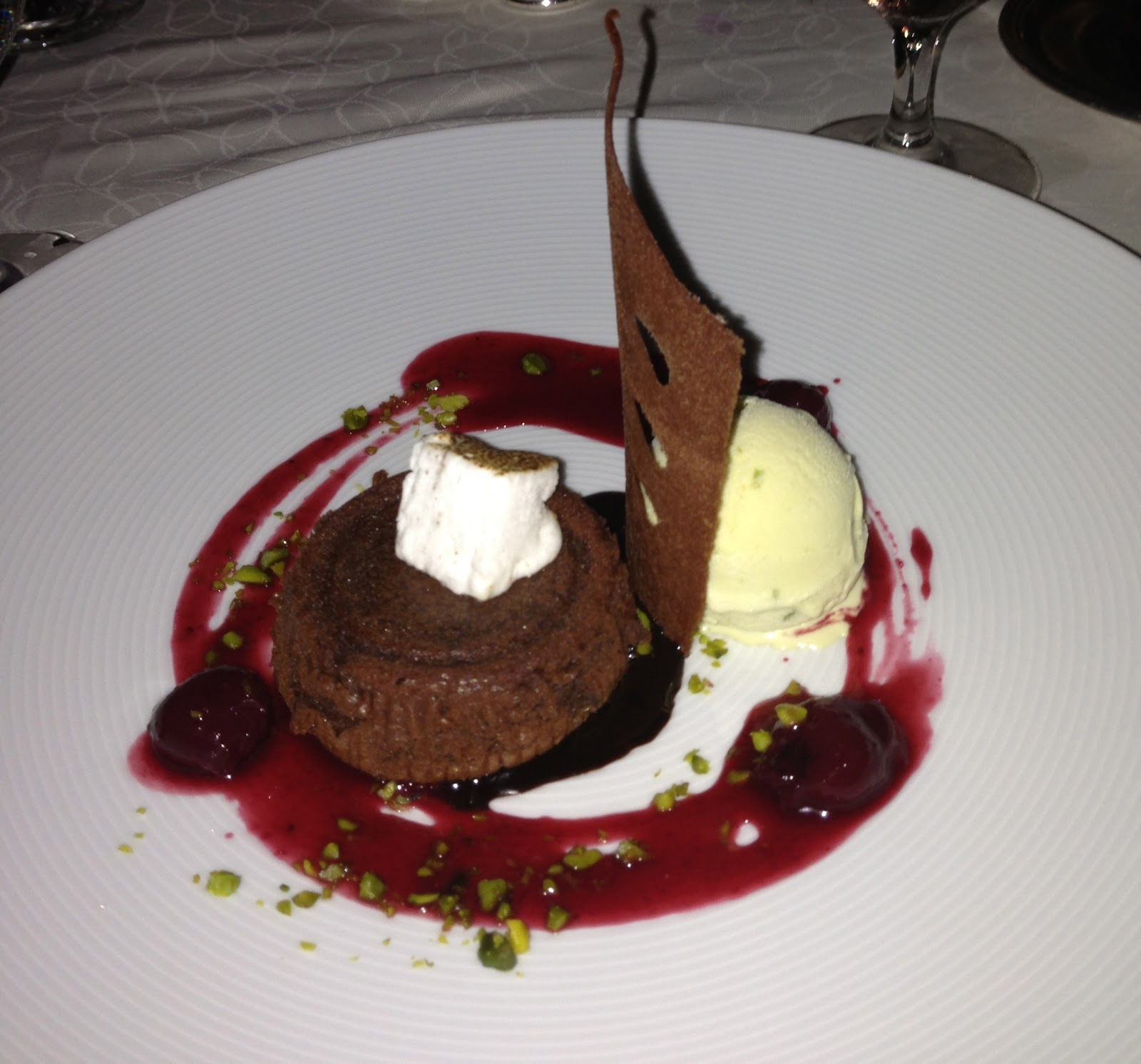 CHOCOLATE FLOURLESS CAKE WITH BRANDIED CHERRIES AND PISTACHIO ICE ...