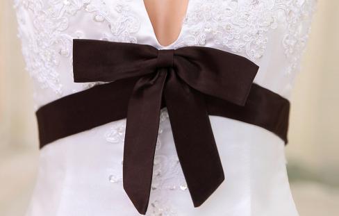 China Wholesale Dresses - A-line V-Neck Empire Waist Sash Beading Embroidery Lace Satin Wedding Dress