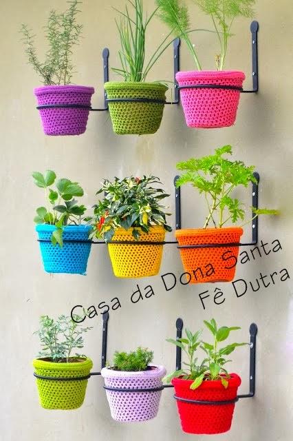 vasinhos coloridos com croche