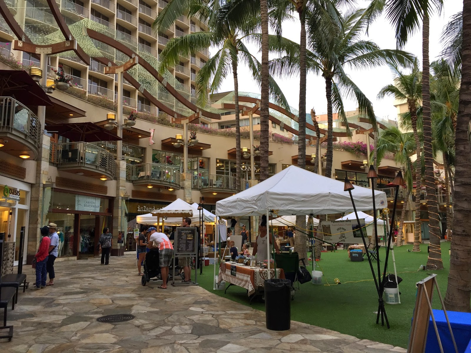TASTE OF HAWAII RUTHS CHRIS STEAK HOUSE WAIKIKI