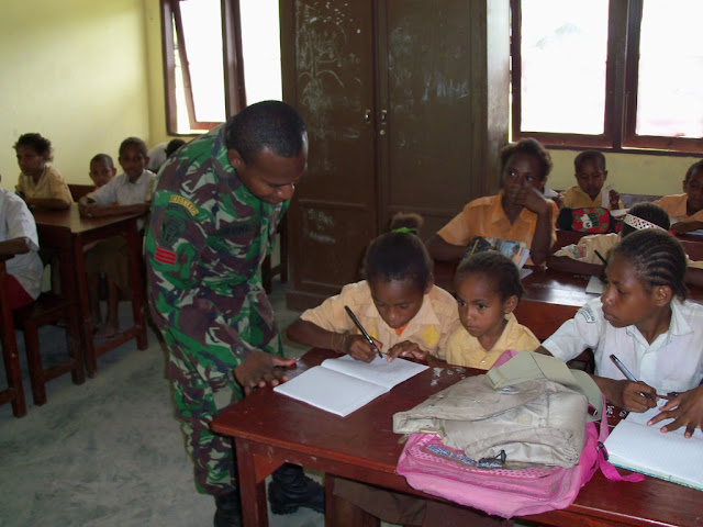 Pengamat: pendidikan kebangsaan di perbatasan penting