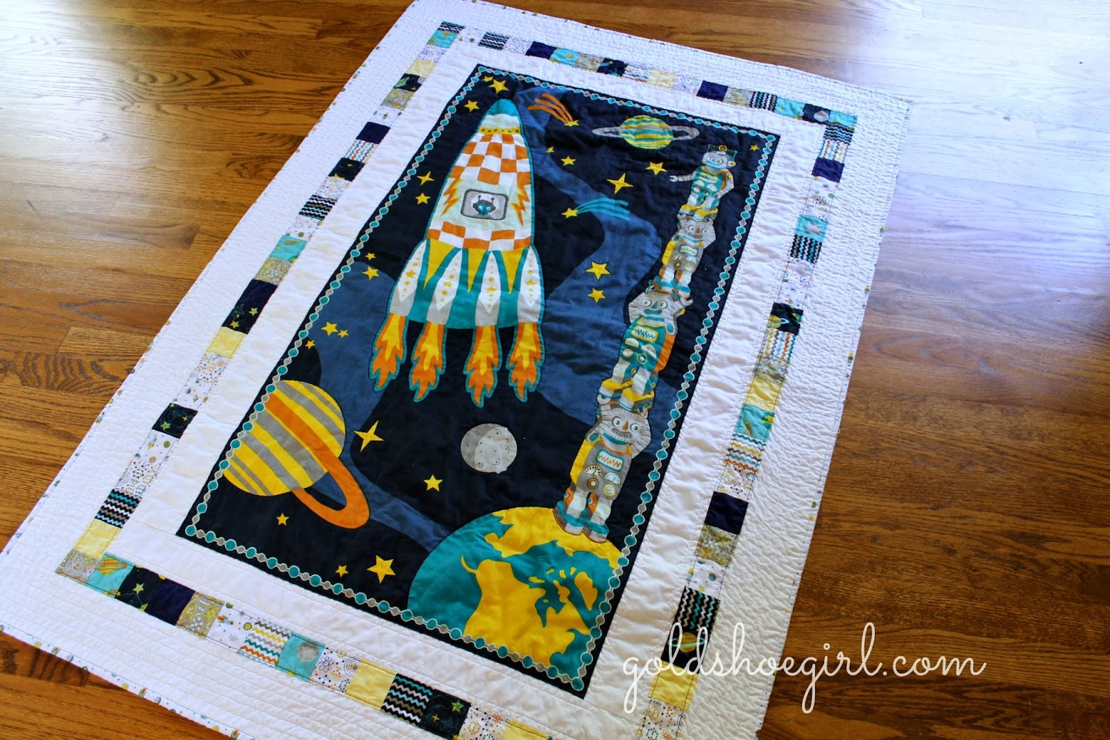 Gold shoe girl october 2013 for Spaceship quilt