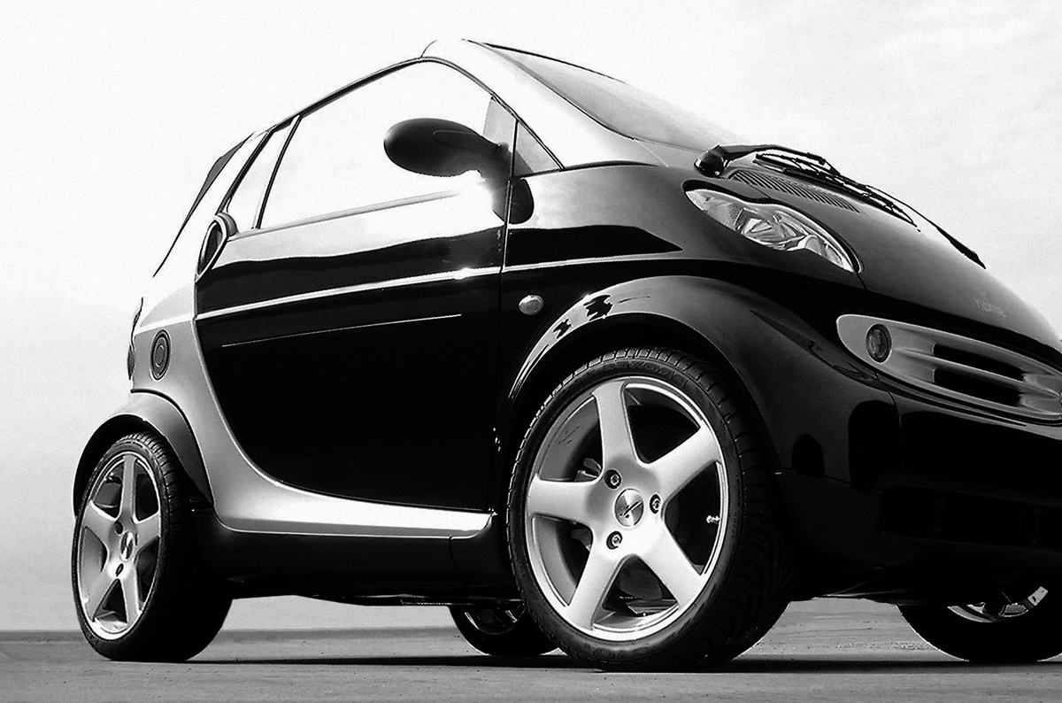 Review on mercedes benz and nano cars computerrex for Mercedes benz smart car for sale