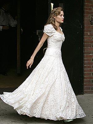 Angelina Jolie Wedding Dresswedding Picturesbollywood Pictureshollywood Pictures Actress Picturesactor