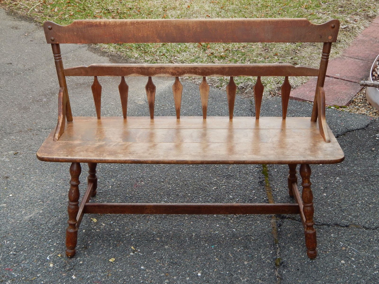 Antique wood bench with back - Ever Since I Painted The Perfect Red Vintage Dresser Back In January I Have Been Dying To Use General Finishes Holiday Red Again This Brand Is Seriously My