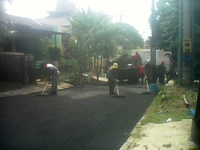 Perbaikan Jalan Kompl Taman Anyelir 1 Depok