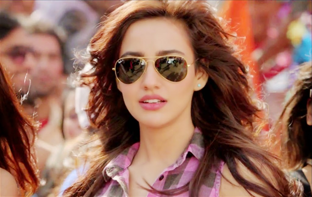 Neha Sharma HD wallpaper for downlaod
