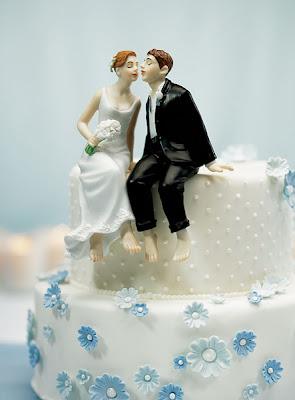 Bonecos de noiva para sentados no bolo.