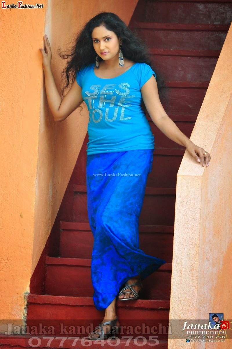 tharushi perera latest blue