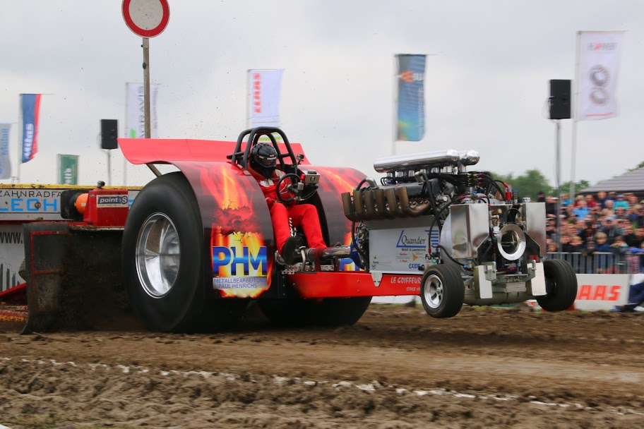 Tractor Pulling News - Pullingworld.com: Changes at Le Coiffeur ...