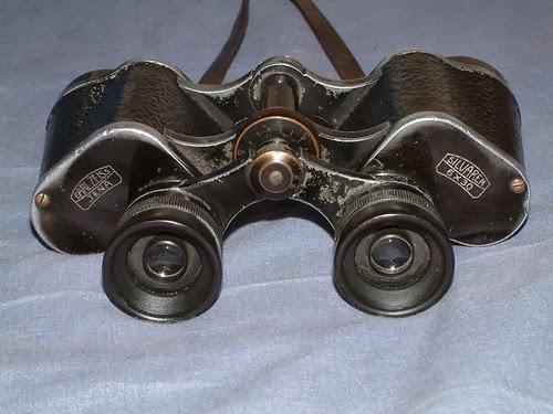 prismaticos invento