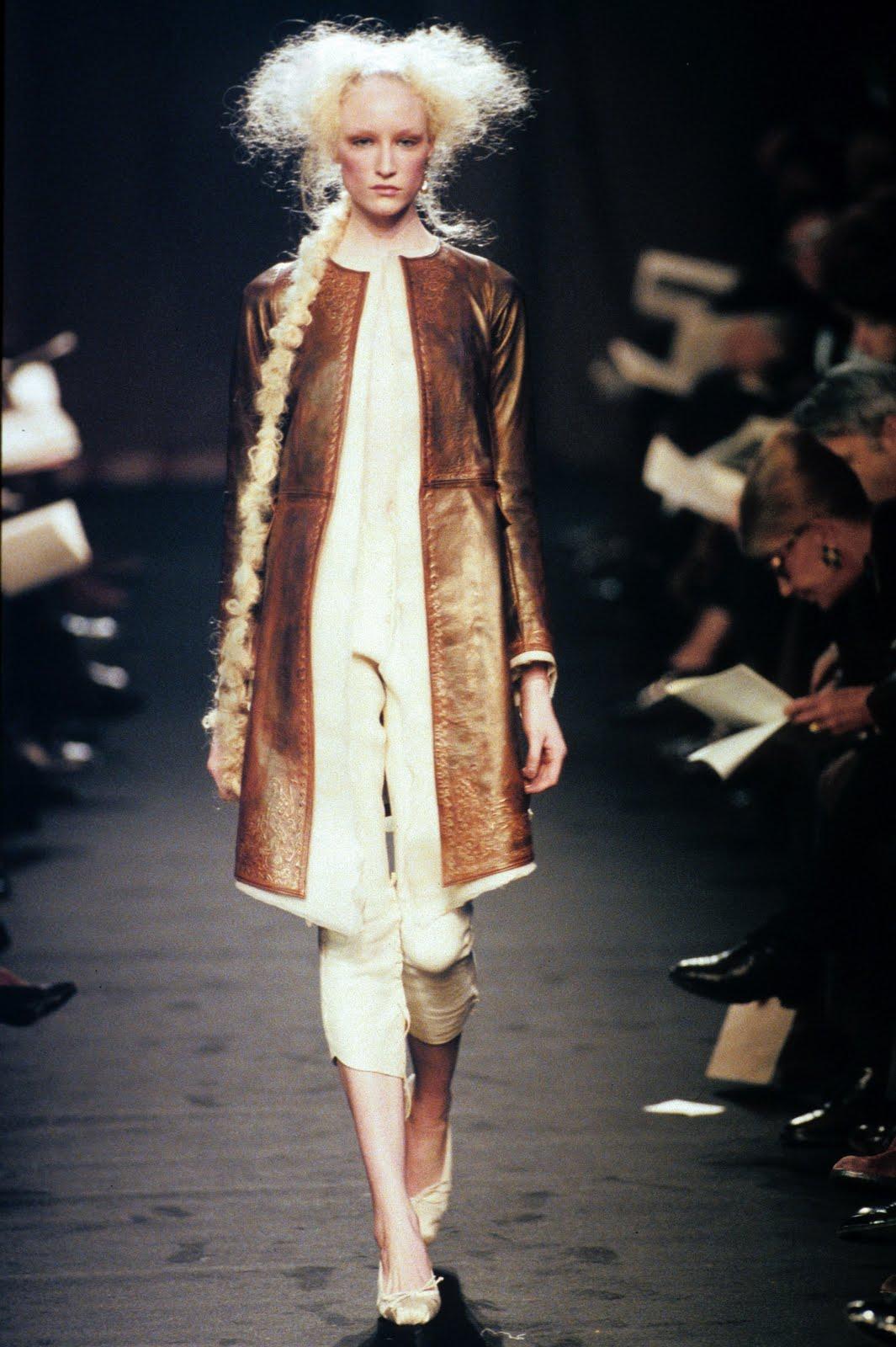 Madira Fashion Designer