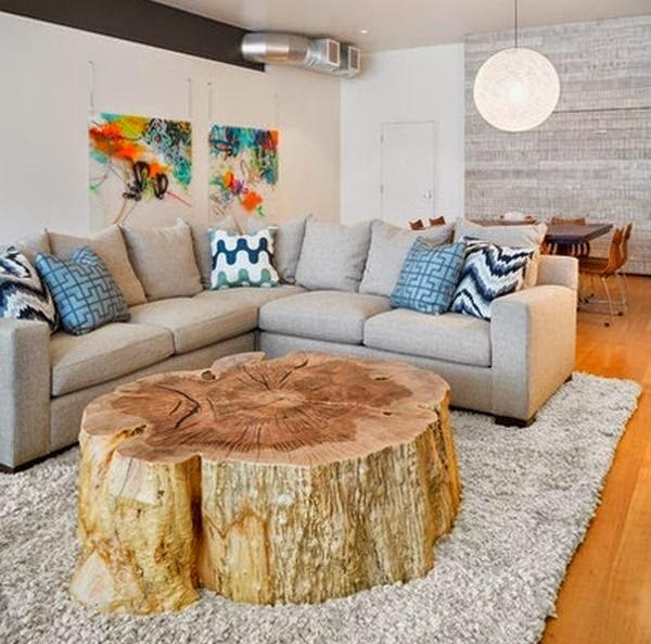 Potongan pohon pada ruang tamu