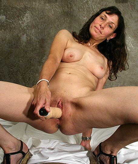Vlaamse Slet vingert haar zelf voor de camera