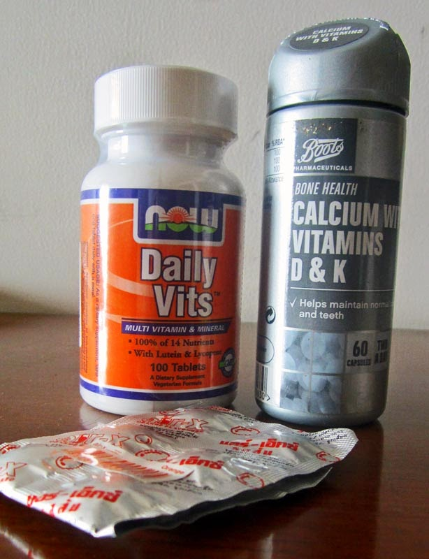 Multi vitamins and multi mineral and calcium tablets