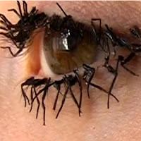 Maquillaje de ojos y pestañas. Un viaje en el tiempo