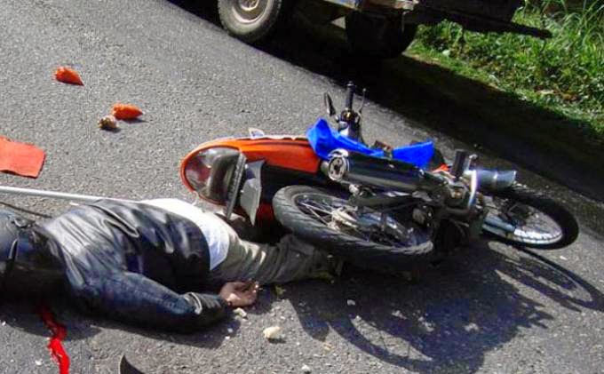 Balapan motor memakan korban