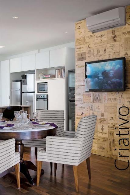 Tv Fixa Na Parede Da Sala ~  da imagem acima foi feito com caixas de bebidas fixadas à parede