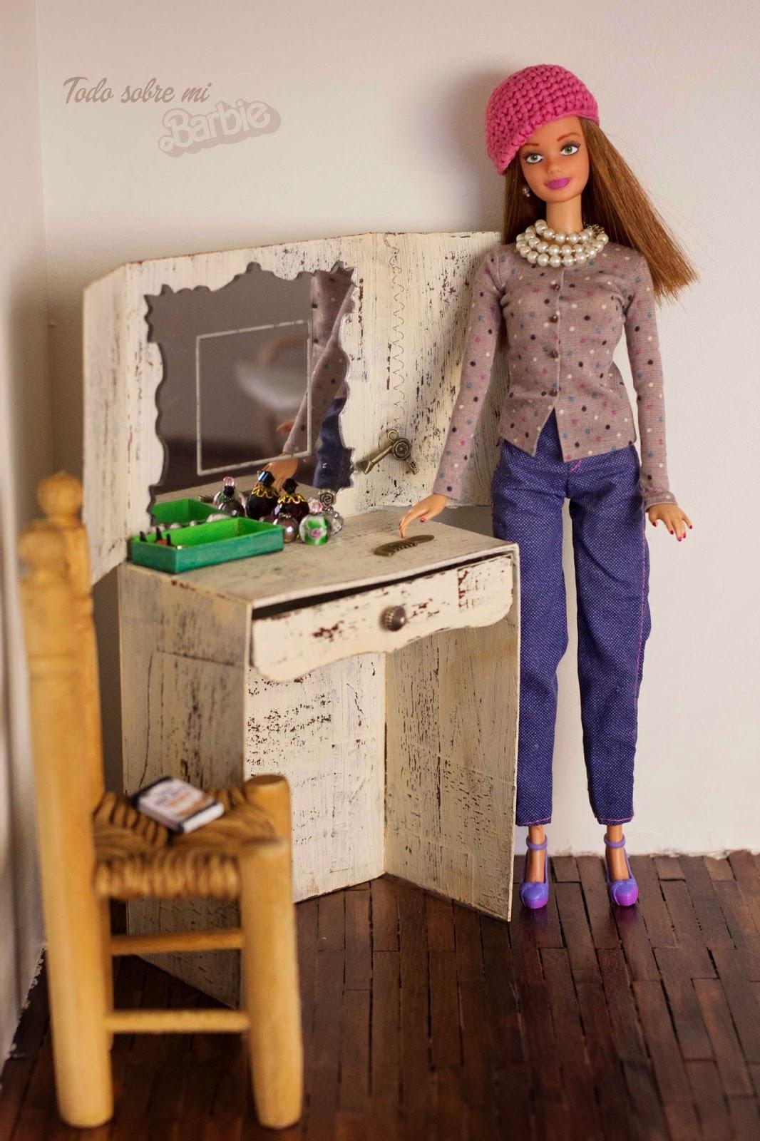 Todo sobre mi Barbie: Gorro de ganchillo, patrón para Barbie.