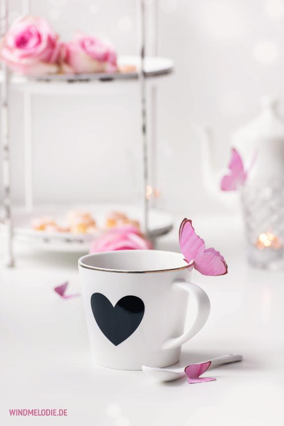Miss Etoile Tasse Herz schwarz Schmetterling aus Papier basteln