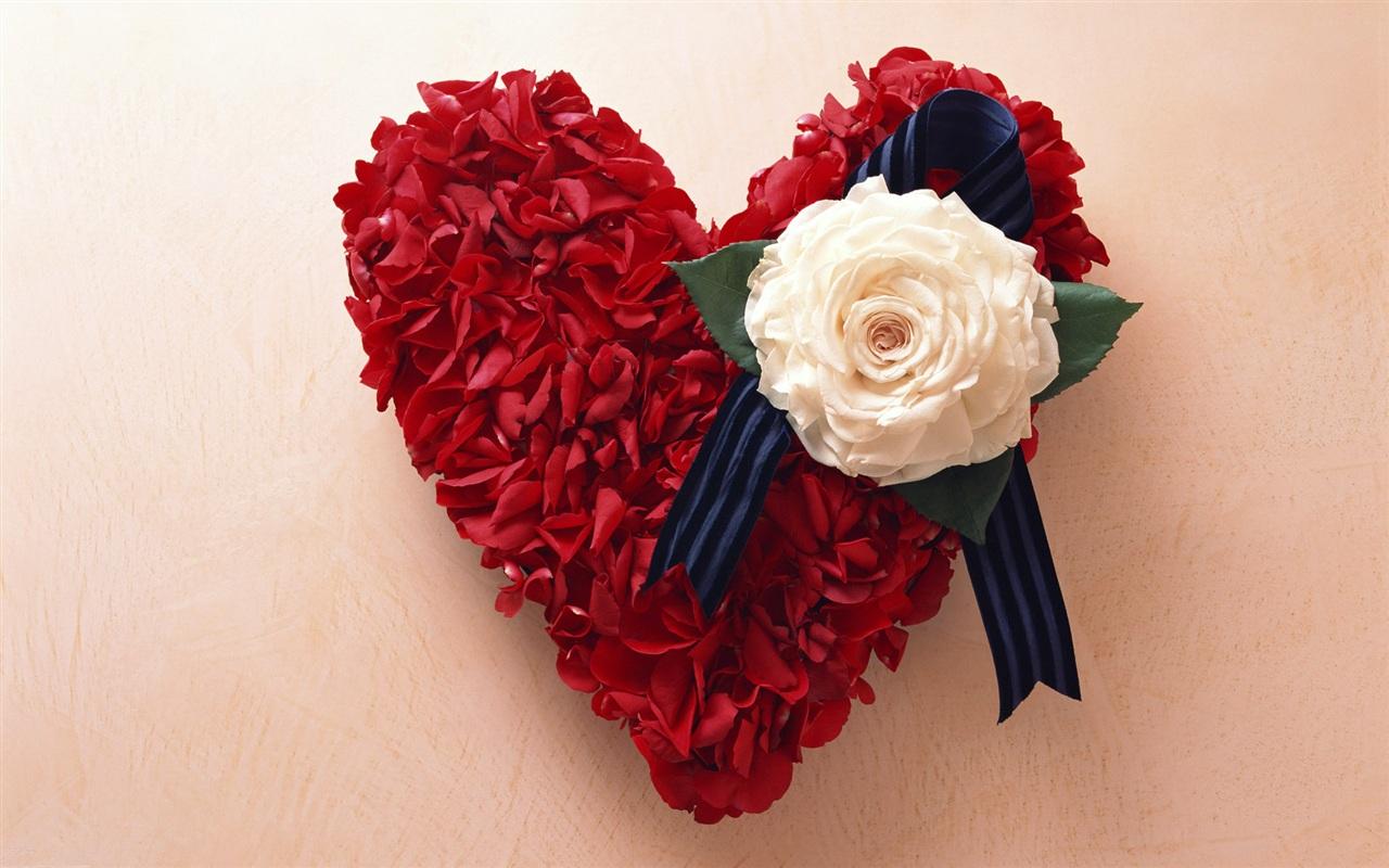 Love Red Rose Wallpaper HD