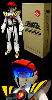 Da Macross ecco Hikaru Flight Suit Light-up Figure