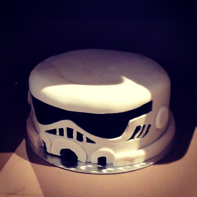 Montreal star wars storm trooper birthday cake