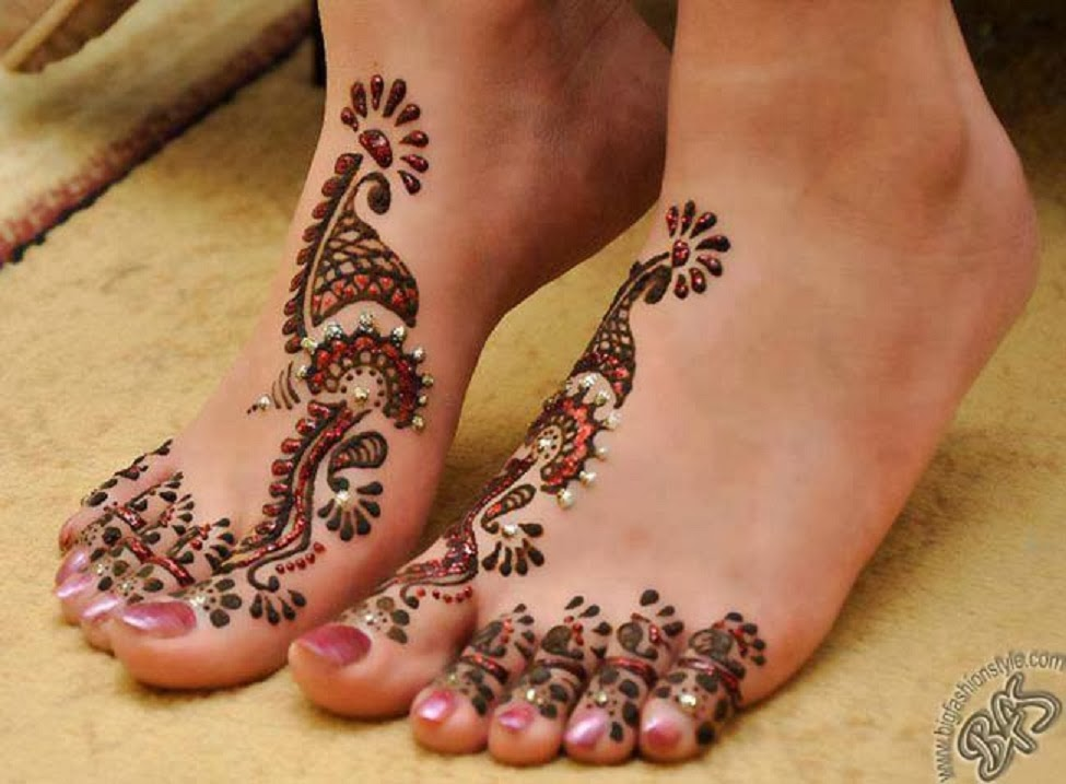 Hair Style  Mehndi Designs Legs Pictures 20132014  New