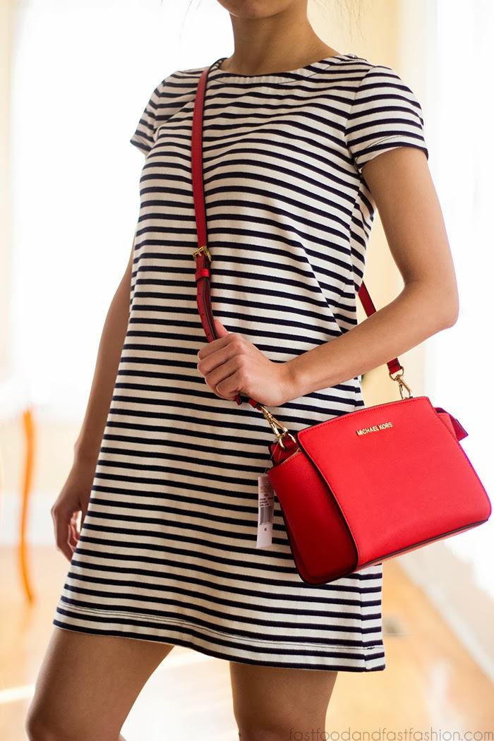 Michael Kors Selma Medium Shoulder Bag 41