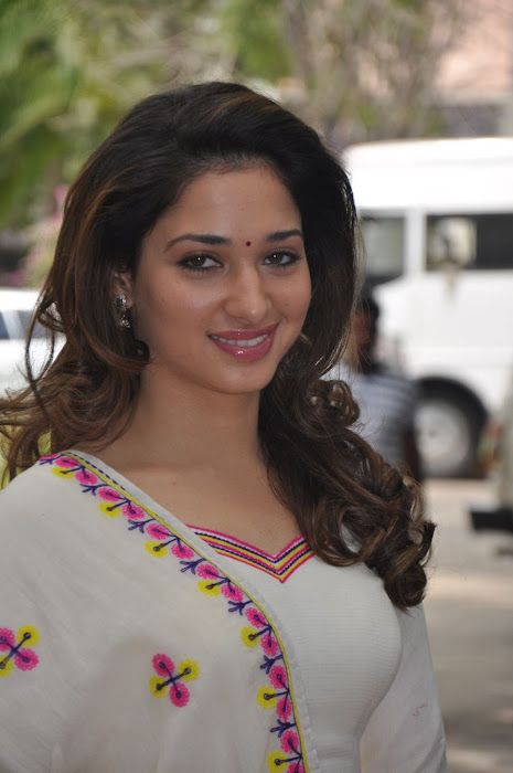 tamanna at yen endral kadhal enben movie press meet photo gallery