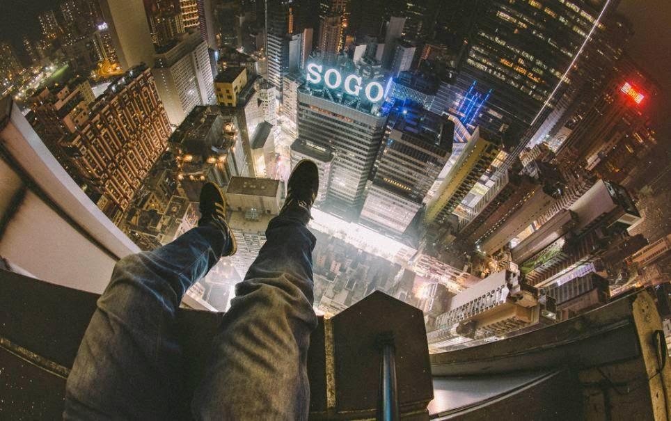 صورة من أعلى برج في هنج كونج