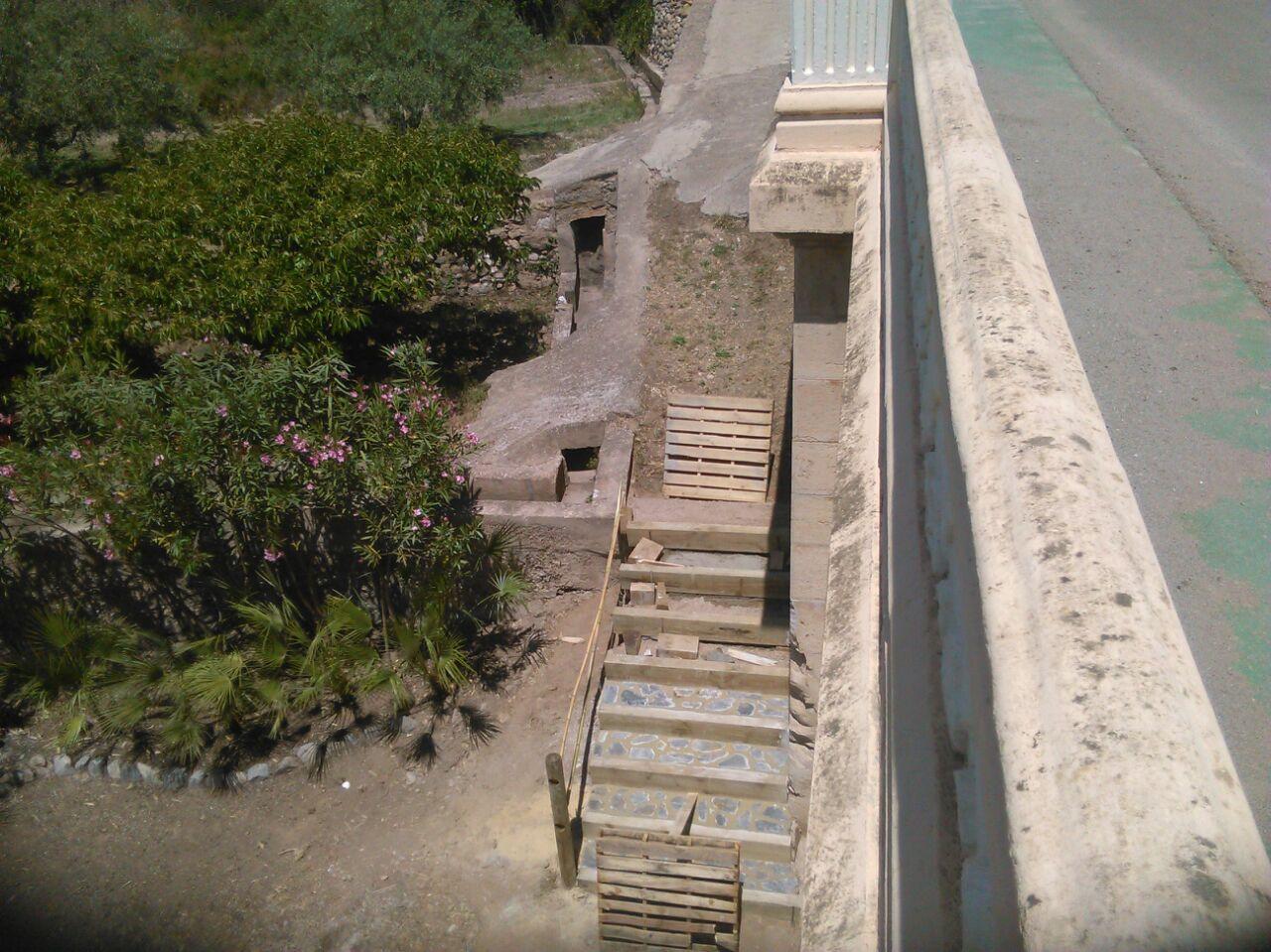 Taller de empleo seg briga vii escaleras y jardineras - Jardineras en escalera ...