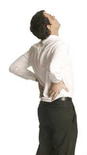 dolor en la región lumbar (lumbago)