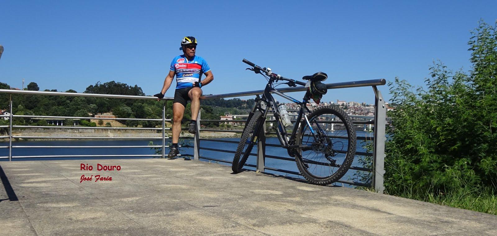 Em Gramido junto ao Douro