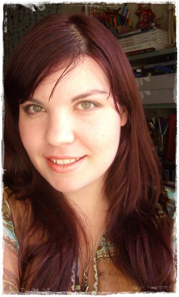 Aplicar tinte rojo cabello oscuro